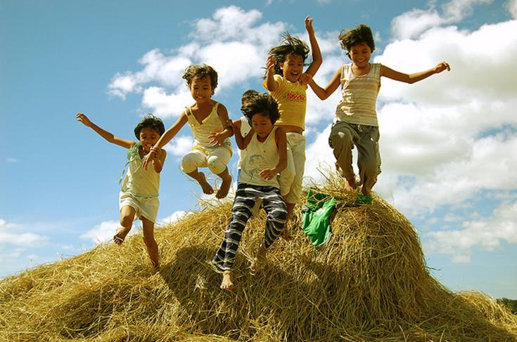Top 10 Best Dying Traditional Games in the Philippines