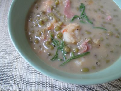 http://www.marketmanila.com/archives/ginisang-munggo-mung-bean-stew-a-la-marketman