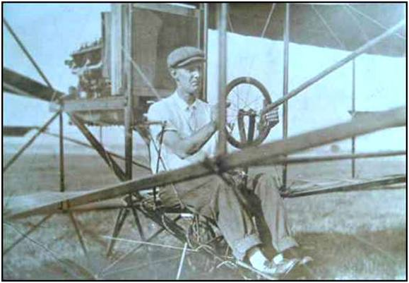 FIRST AIRCRAFT TO FLY