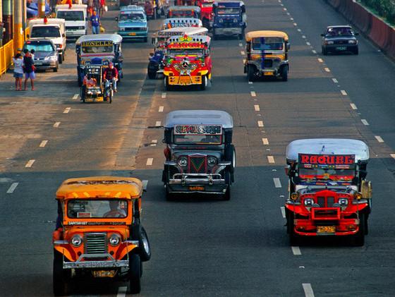 Manila city, Philippines - Jeepney busses - photo by B.Henry